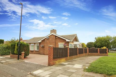 3 bedroom detached bungalow for sale - Front Street, North Shields