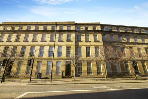 3 bedroom flat - Clayton Street West, Newcastle Upon Tyne