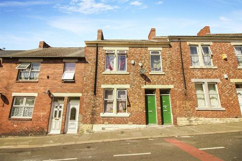 3 bedroom flat for sale - Canning Street, Benwell