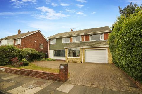 5 bedroom detached house for sale - Wenlock Drive, Preston Grange, North Shields