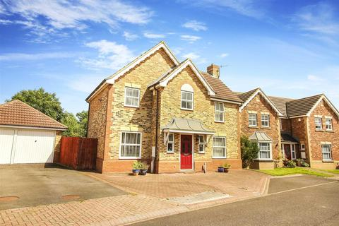 4 bedroom detached house for sale - Butterburn Close, Newcastle Upon Tyne