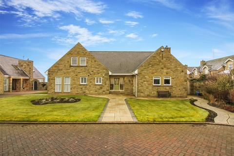 5 bedroom detached bungalow for sale - Old Hartley, Old Hartley, Whitley Bay