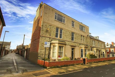 2 bedroom flat - Hotspur Street, Tynemouth
