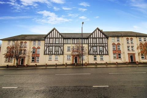 3 bedroom flat to rent - Leazes Court, Barrack Road, Newcastle Upon Tyne