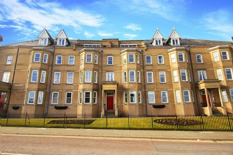 3 bedroom flat to rent - East Street, Tynemouth