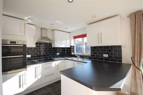 3 bedroom semi-detached house to rent - Ruislip