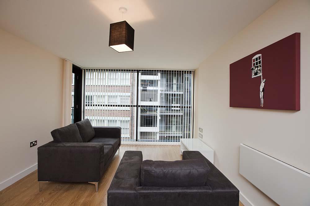 Living space furnished 1 sm.jpg