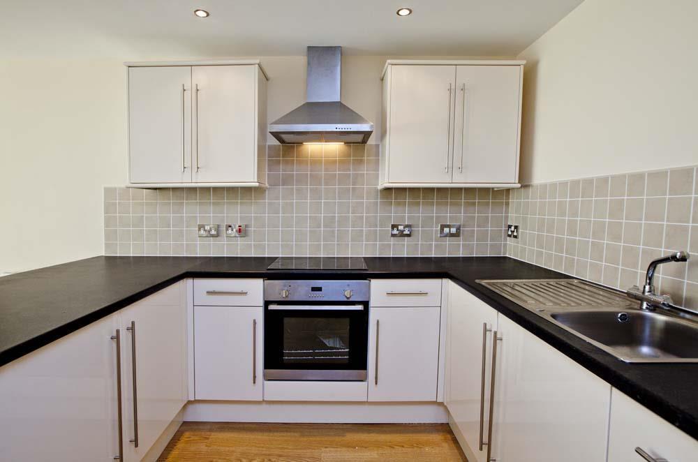 Kitchen 3 sm.jpg