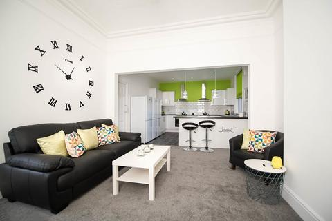 1 bedroom house share to rent - Stockport Road, Ashton Under Lyne,