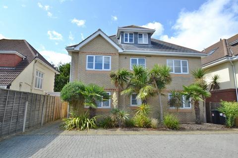 2 bedroom flat for sale - Southbourne