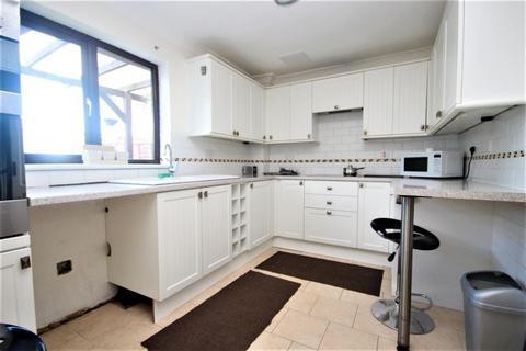 3 bedroom house to rent - Tillingham Green, Basildon, SS15