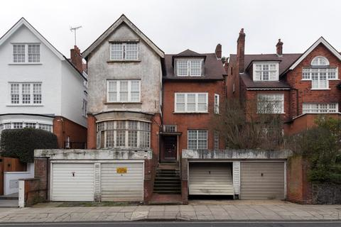 Garage to rent - Bracknell Gardens, West Hampstead, NW3