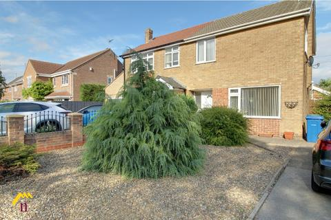 3 bedroom semi-detached house for sale - Manor Road, , Beverley, HU17 7BL