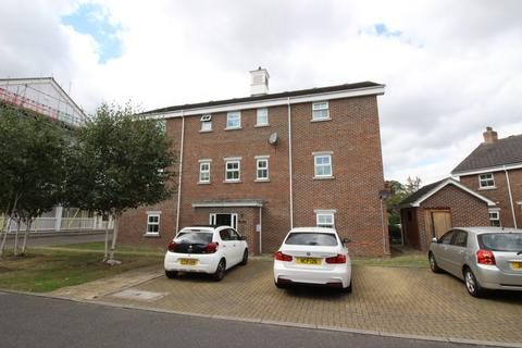 2 bedroom apartment to rent - Lancaster Way, Worcester Park  KT4
