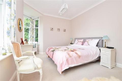 2 bedroom apartment for sale - Blanford Road, Reigate, Surrey