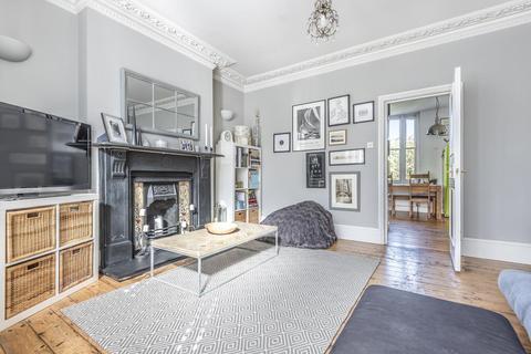 2 bedroom flat for sale - Knollys Road, Streatham