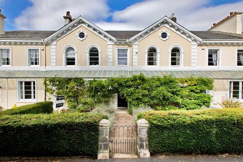 5 bedroom terraced house for sale - Devon Square, Newton Abbot