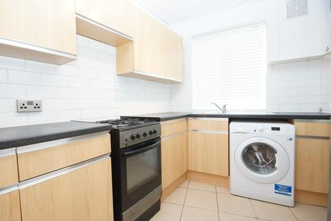 3 bedroom apartment to rent - Field End Road, Pinner
