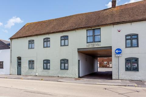 4 bedroom cottage for sale - West Quay Road, Poole