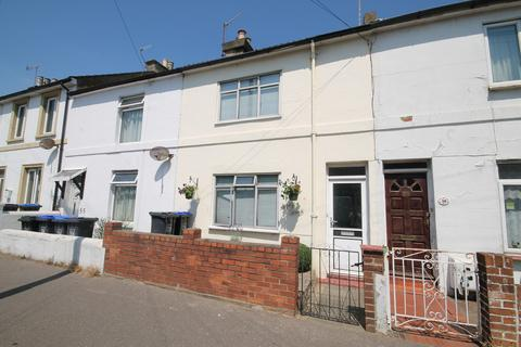 Studio to rent - Newland Road, Worthing, BN11 1JX