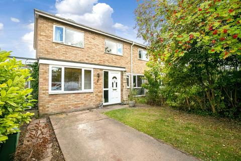 3 bedroom semi-detached house for sale - Chapmans Close, Melbourn