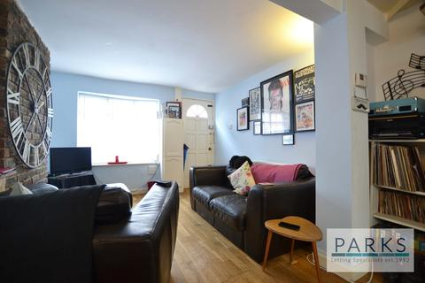 2 bedroom mews to rent - Frederick Gardens, Brighton, BN1