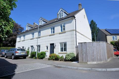 4 bedroom end of terrace house for sale - Beautifully Extended Family Home in a Convenient Town Location