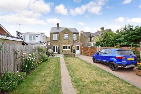 4 bedroom detached house for sale - Middle Deal Road, Deal, Kent
