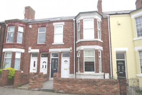 2 bedroom apartment for sale - Stanhope Road,  South Shields,  NE33 4RB