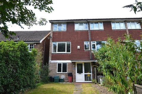 5 bedroom end of terrace house for sale - London Road, Bromley