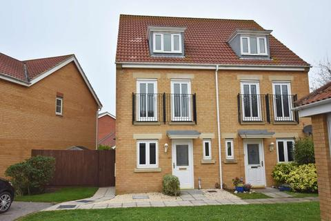 3 bedroom house to rent - Osborne Heights, , East Cowes