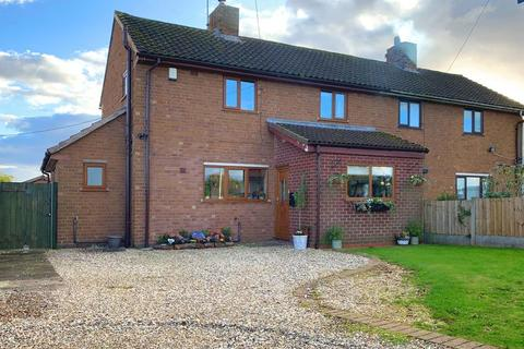 3 bedroom semi-detached house for sale - Bourne Avenue, Ranton, Staffordshire