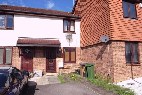 2 bedroom terraced house to rent - Elveden Close, Luton, LU2