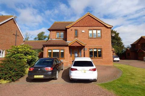 5 bedroom detached house for sale - Swaby Close, Marshchapel