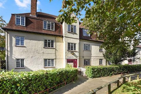2 bedroom flat for sale - Lucas Court, Sydenham
