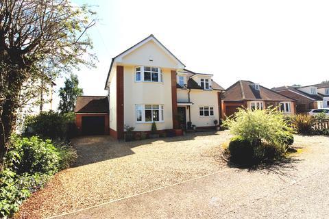 4 bedroom detached house for sale - Crow Furlong, Hitchin, SG5
