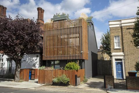 3 bedroom detached house for sale - Denmark Road, Camberwell, SE5