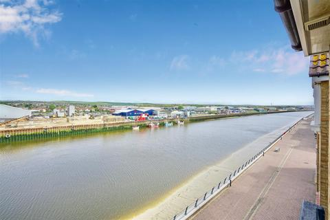 2 bedroom apartment for sale - Anchor Close, Shoreham-By-Sea