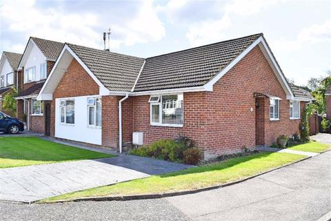 3 bedroom detached bungalow for sale - Greystones Close, Kemsing, TN15