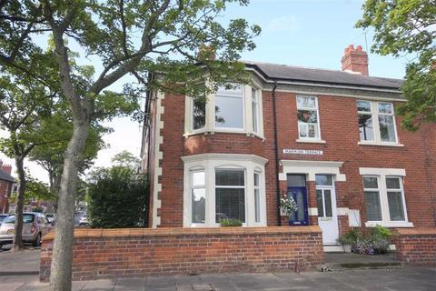 1 bedroom flat for sale - Marmion Terrace, Monkseaton, Tyne And Wear, NE25