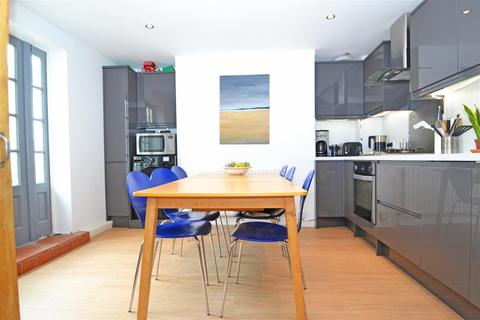 3 bedroom maisonette to rent - Chatham Place, Brighton, BN1 3TP