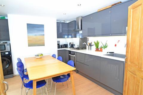 3 bedroom maisonette to rent - Chatham Place, Brighton, BN1 3TP