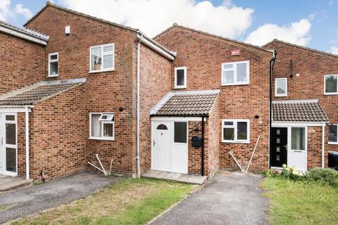 2 bedroom terraced house for sale - Brabourne Close, Canterbury