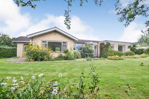 3 bedroom detached house for sale - Hillside Close, Woodmancote, Cheltenham, Gloucestershire