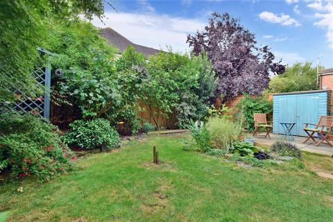 4 bedroom link detached house for sale - Chaplin Drive, Headcorn, Kent