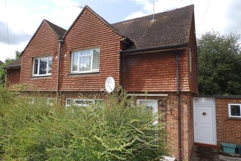 3 bedroom semi-detached house to rent - Friezland Road, Tunbridge Wells