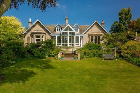 5 bedroom detached house for sale - Rockmount, Dura Den Road, Pitscottie, Fife, KY15 5TG