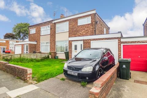 3 bedroom semi-detached house for sale - Prestwick Avenue, North Shields, Tyne and Wear, NE29 8AJ