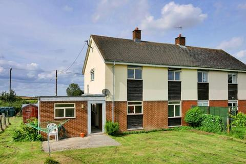 3 bedroom semi-detached house to rent - Lower Widhill, BLUNSDON