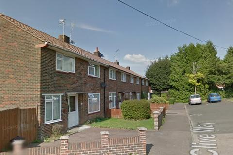 3 bedroom semi-detached house to rent - Clive Way, Pound Hill, Crawley, Crawley RH10